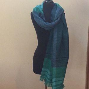 Isaac Mizrahi cashmere scarf/pashmina